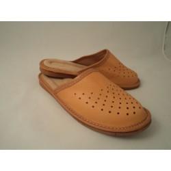 Pantofle damskie skóra 65-1902